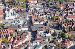 Ausschnitt Landkreis Gebäude von weit oben